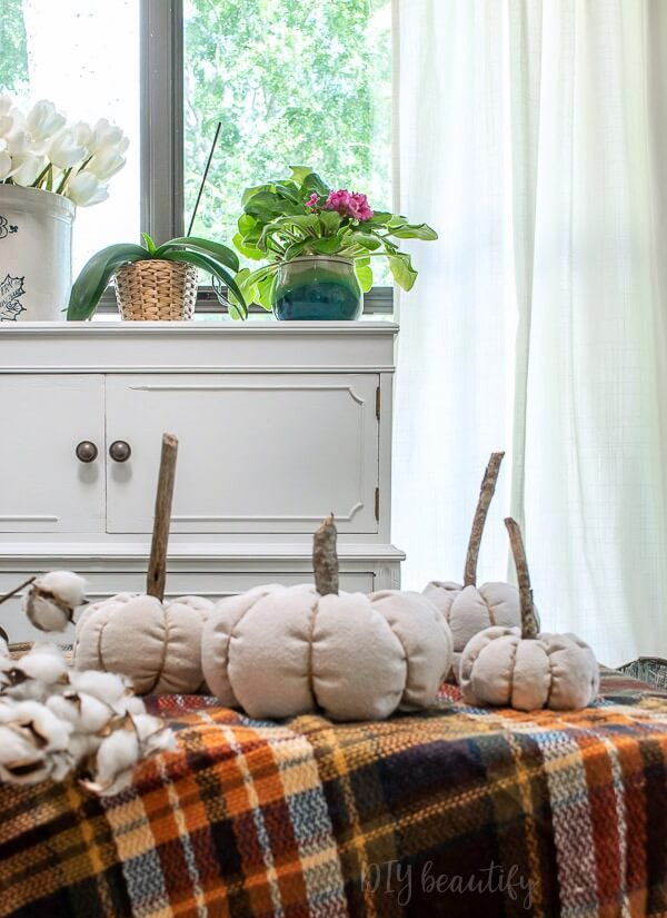 drop cloth pumpkins with stick stems