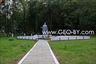 Великая Раёвка. Братская могила погибших в ВОВ. 1944 год