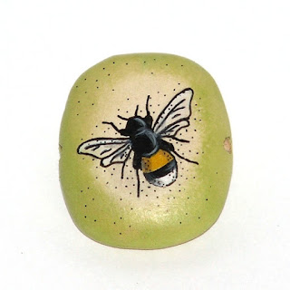 bee square hand painted wooden bead
