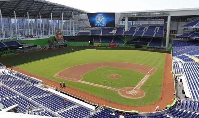 Marlins de Miami posponen su primer partido en casa por brote de COVID-19