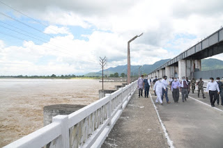 cm-visit-baghaa-for-flood-inspaaction