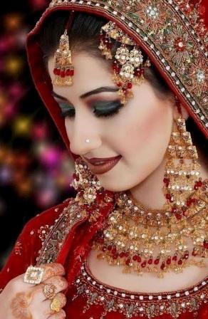 http://1.bp.blogspot.com/-KGlvqFiZcqo/UZucw-y5mpI/AAAAAAAAGlo/0M_CQ5LALb4/s1600/Beautiful-Wedding-Jewellery-Designs-Photos5.jpg