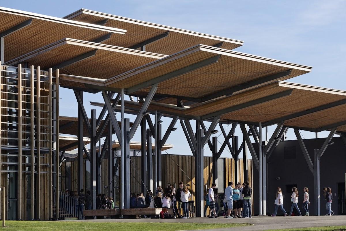 Parasoles de madera de pino de las landas para todo el a o for Parasoles arquitectura