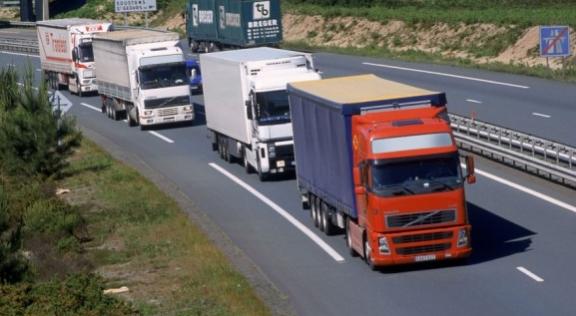 """مخصصات الوقود: مواجهة """"إساءة استخدام"""" الجمارك الإسبانية ، ضربة وشيكة من الطرق المغربية"""