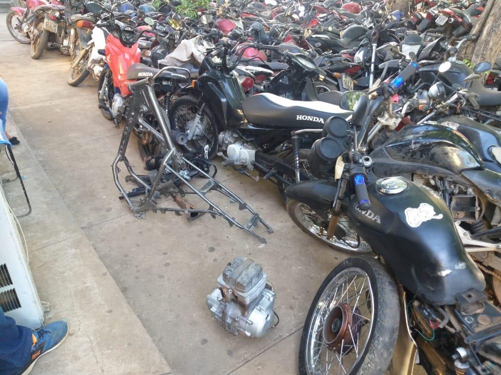 Em Parauapebas dois suspeitos são presos e motos são recuperadas.