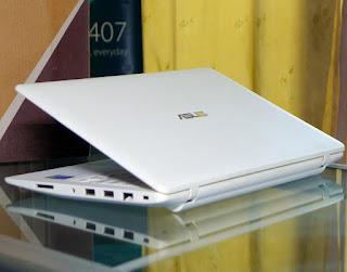 Laptop Second ASUS X200MA Celeron N2840