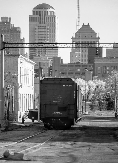 Newsprint train rolling south on Hadley Street.