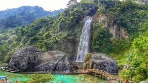 6 Daftar Air Terjun Curug Di Bogor Yang Indah