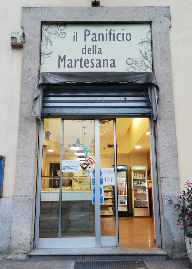 Panetteria generosa a Milano
