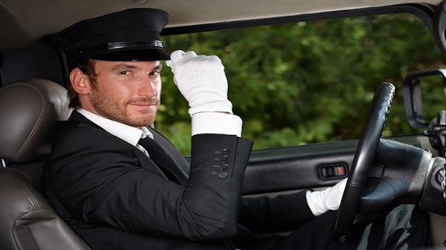 مطلوب على وجه السرعه سائق للعمل فى مطعم بخورفكان بمرتب مجزى
