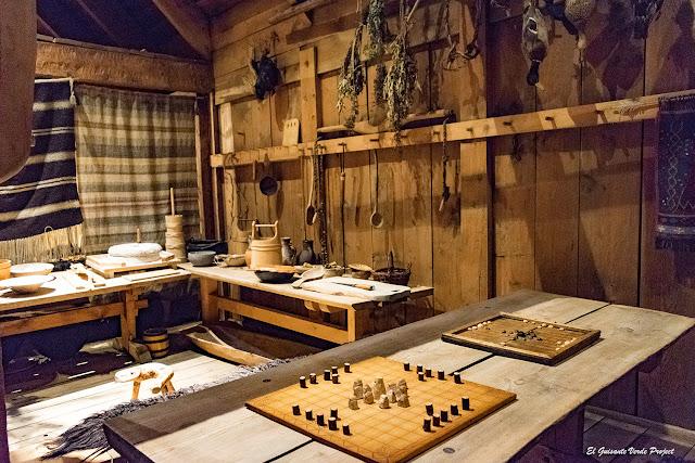 Lofotr Vikingmuseum, interior, por El Guisante Verde Project