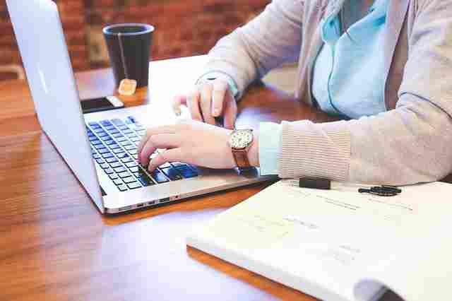 যেকোনো দেশে digital marketing অনেক তাড়াতাড়ি এগিয়ে আশা industry হিসেবে প্রমাণিত হয়েছে।