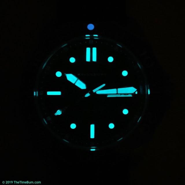 Kingsbury Dark Water 300 black lume
