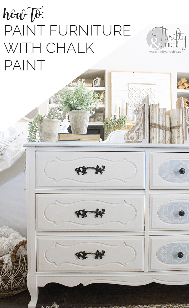How to use chalk paint. How to paint furniture. Dresser makeover. Chalk paint furniture diy. Chalk paint techniques. How to paint furniture with chalk paint. Vintage dresser makeover. Sofa table decor ideas.