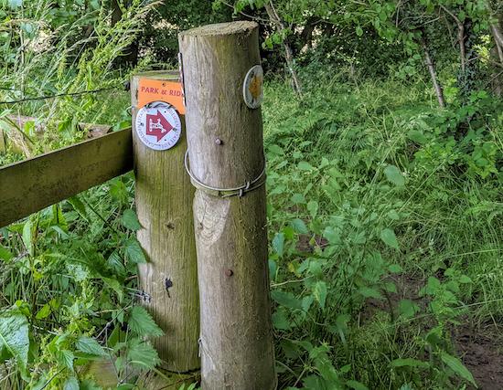 Gaddesden Estate Ride sign on Great Gaddesden footpath 43