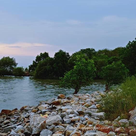 Medan ikan bakar Pantai Jeram, Selangor