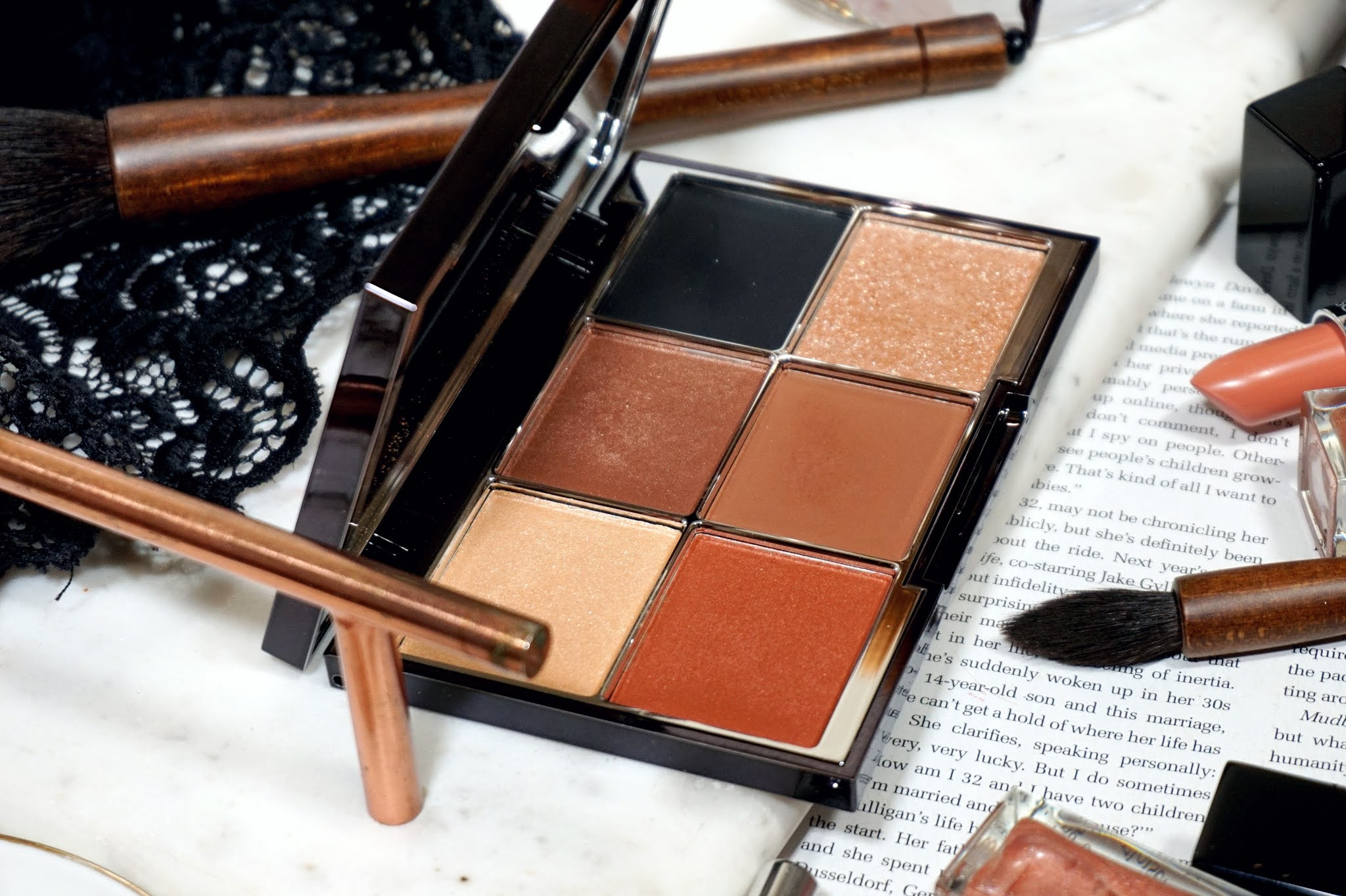 Wayne Goss The Luxury Eye Palette in Imperial Topaz