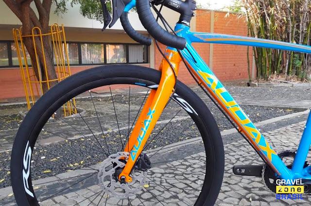 Audax Bike Pampero Gravel Alumínio freio dianteiro Shimano GRX