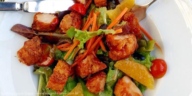 Chile - Santiago - Salada de frango ao molho de tangerina - Mestizo