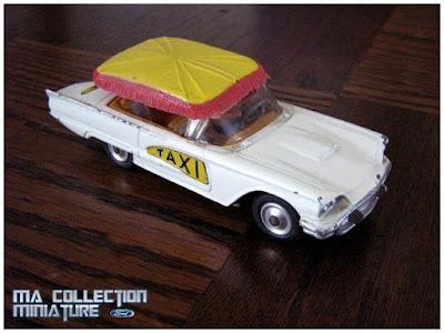 Ford Thunderbird, Taxi Bermuda, Corgi Toys