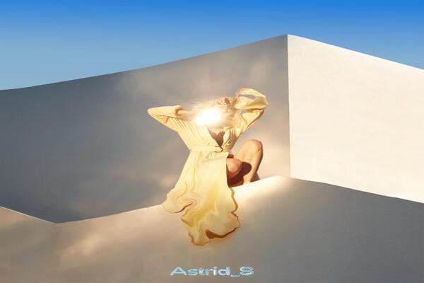 Lirik Lagu Astrid S Cant Forget dan Terjemahan