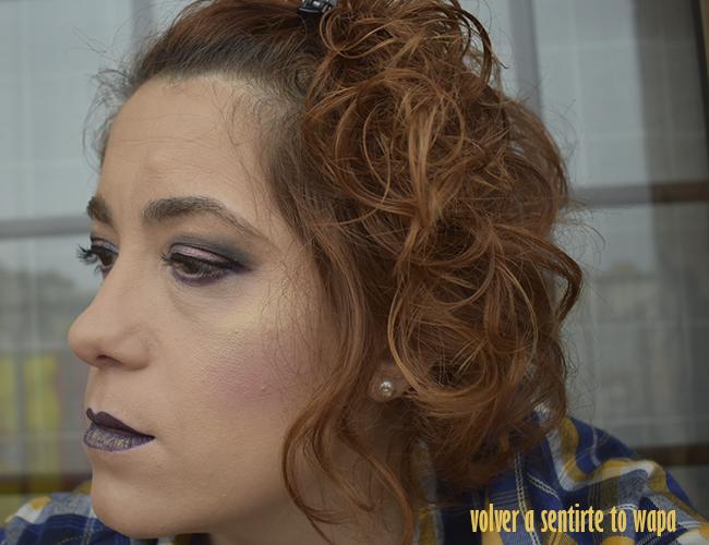 Maquillaje con labios duocromo en dorado y morado