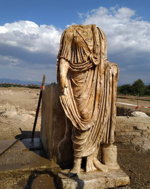Roman magistrate's statue found of Heraklea Sintica in southwest Bulgaria