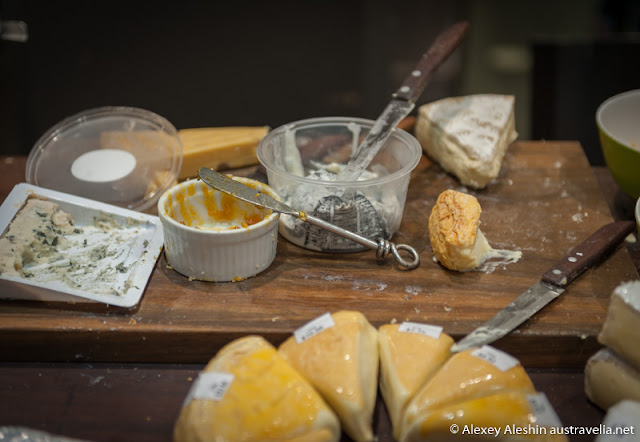 Cheese tasting at the food market