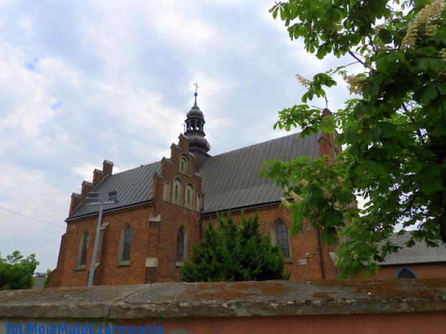 Zabytkowy kościół św. Augustyna w Bratoszewicach - CZYTAJ DALEJ