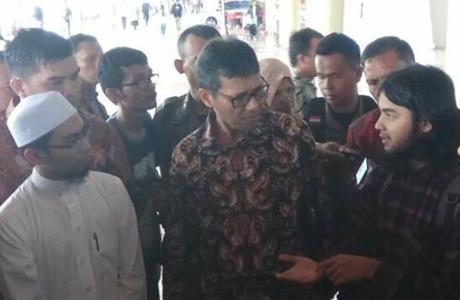Sempat Ditangkap Polisi Mesir, Kepulangan 2 Mahasiswa Asal Sumbar Ini Disambut Gubernur Irwan Prayitno