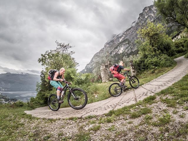 Auffahrt Riva S. Barbara Kapelle Mountainbike