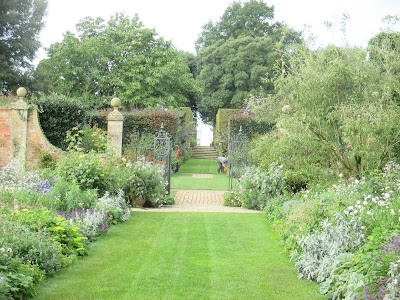 Main Borders Hidcote Manor Green Fingered Blog