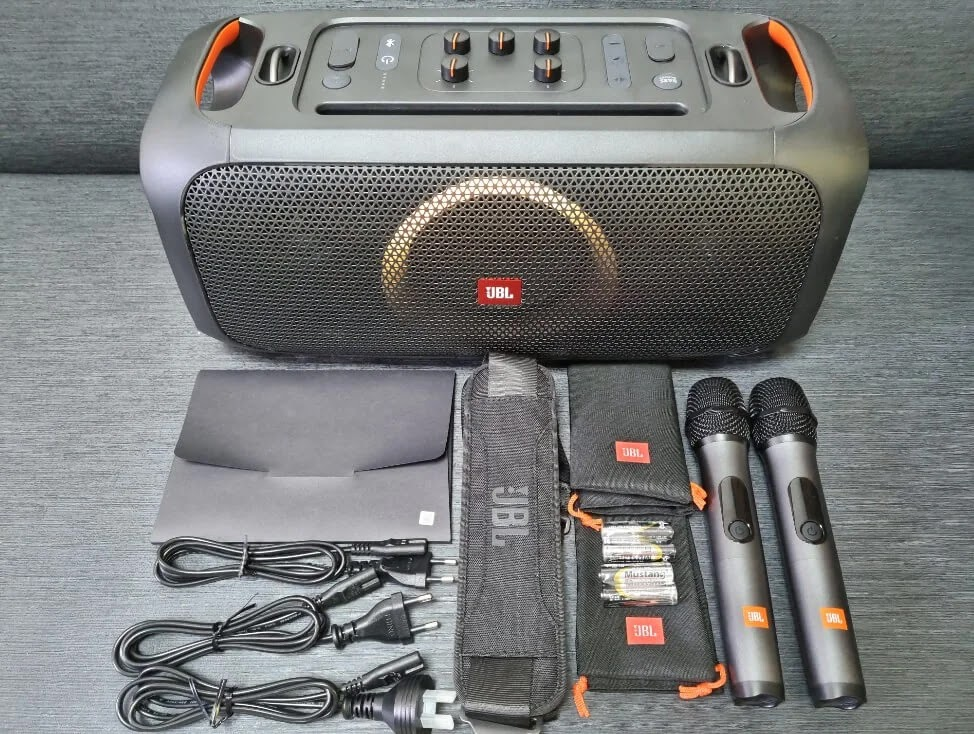JBL PartyBox On-the-Go Retail Package