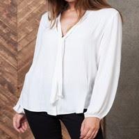 http://www.stradivarius.com/fr/fr/v%C3%AAtements/chemises/chemise-n%C5%93ud-c1390575p6210302.html?categoryNav=1390575&colorId=004