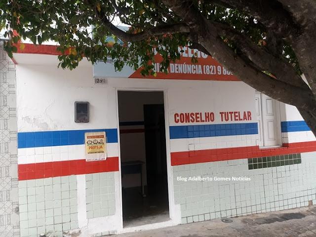 Em Olho D'Água do Casado, eleição do Conselho Tutelar tem 15 candidatos