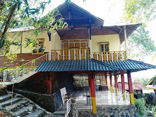 Villa Bambu 8 Kamar Rosomulyo Sentul