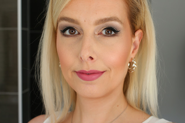 Huda Beauty Power Bullet Matte Lipstick in Honeymoon