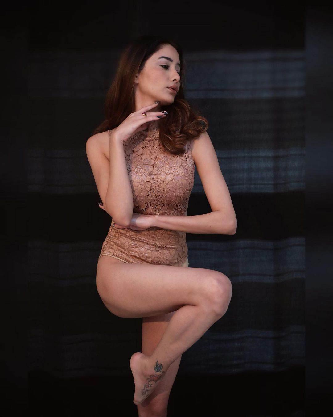 Actress Leena Jumani images