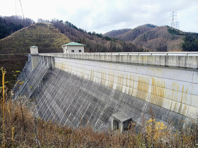 クリスタルライン 琴川ダム