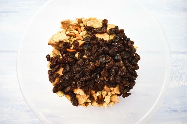 Step 5 - biscuit mix and raisins in a bowl