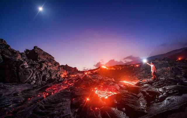 Inilah Aksi Ekstream Fotografi Di Gunung Merapi Hawaii