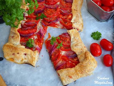 Tarta z pomidorami i serkiem Bieluch