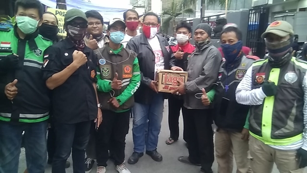 Ketua MPR RI Kirim Bantuan ke Dapur Umum Korban Kebakaran Tambora