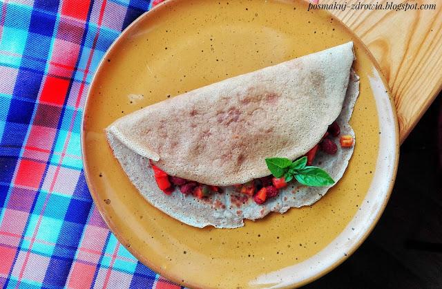 Naleśniki z warzywami meksykańskimi i kurczakiem