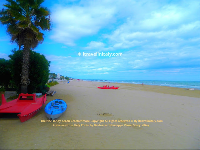 I Travel in Italy introduces you; The fine sandy beach Grottammare Copyright All rights reserved © By itravelinitaly.com travelers from Italy Photo by Baldassarri Giuseppe Visual Storytelling .    Find out more, 1> go to the bottom of the site page.