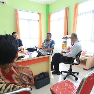Wali Kota Mengikuti Wawancara Yang Dilakukan Oleh Tim Akreditasi di RSU Kota Tarakan - Tarakan Info