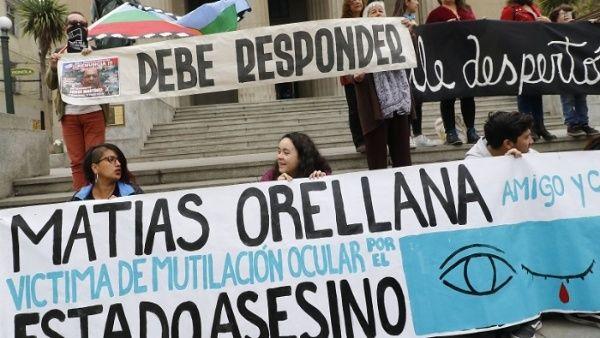Corte chilena admite recurso contra uso de bombas lacrimógenas