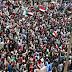 السودانيون يعودون للتظاهر للمطالبة بحق 250 شهيد في القصاص