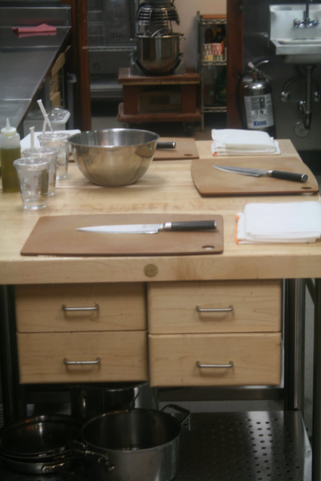 class at kitchen table cooking school kitchen table cooking school Recently I took a class on knife skills at the Kitchen Table Cooking School I made chicken parmigianno a mixed green salad with a tangy vinaigrette