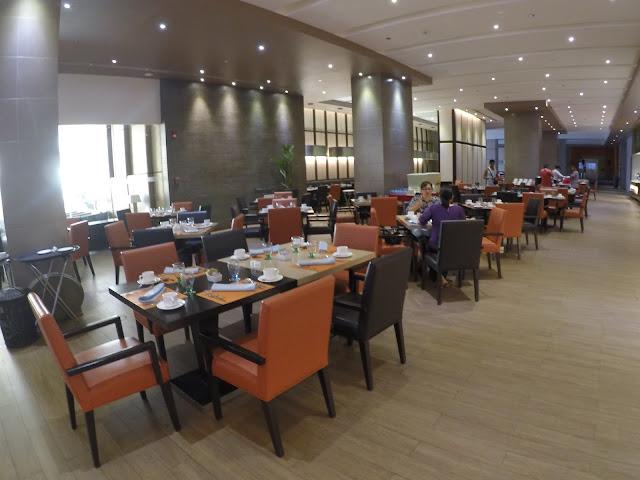 limketkai luxe hotel dining area